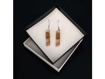 Dřevěné náušnice z pryskyřice hnědé - mix barev