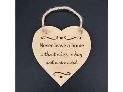 Dřevěné srdce - Never leave a home ..., masivní dřevo,16x15 cm