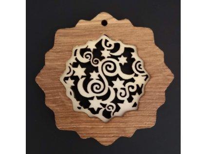 Dřevěná ozdoba z masivu s vkladem - vločka s ornamentem 7 cm