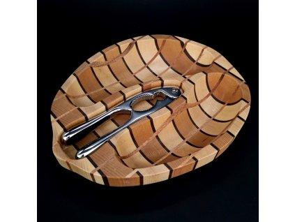 Dřevěná miska louskáček
