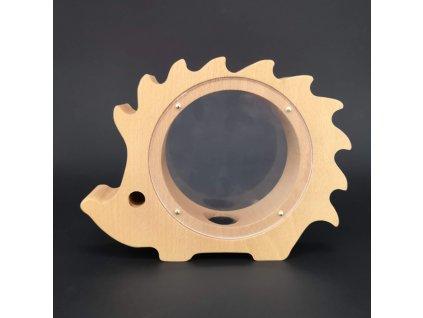 Dřevěná kasička ježek