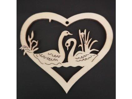 Dřevěná ozdoba srdce s labutěmi 8 cm
