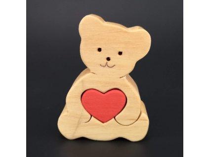 Dřevěný medvídek