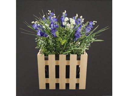 dřevěný obal s květináčem