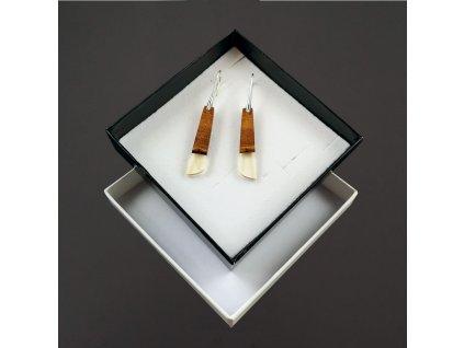 Dřevěné náušnice z pryskyřice čiré - mix barev