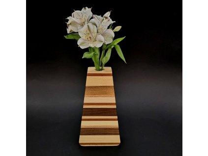 Dřevěná váza trojúhelníková s vodorovnými pruhy, masivní dřevo čtyř druhů dřevin, výška 23 cm