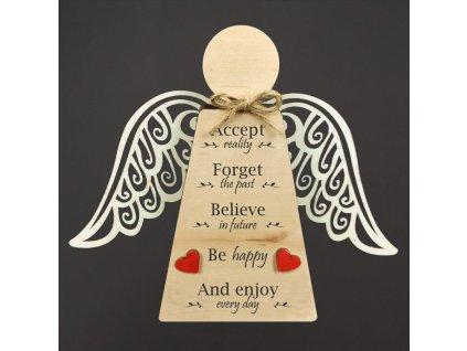Dřevěný anděl stojící s křídly a anglickým textem, masivní dřevo, 18 x 15 cm, český výrobek