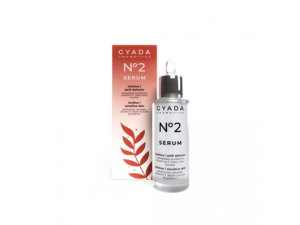 Zklidňující vegan pleťové sérum pro citlivou pleť s růžovou vodou a heřmánkem Gyada Cosmetics VEGAN