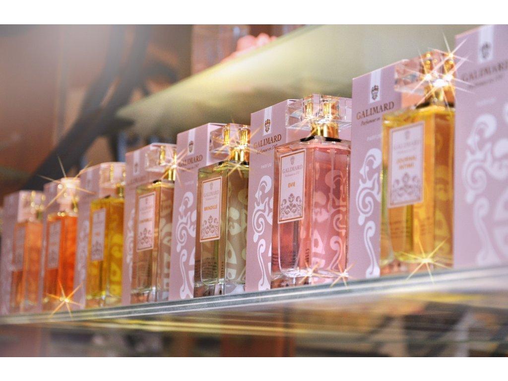 Originální dárek pro ženu zážitkovou poukaz na typologii vůně dle osobnosti a 100 ml francouzský niche parfém Galimard