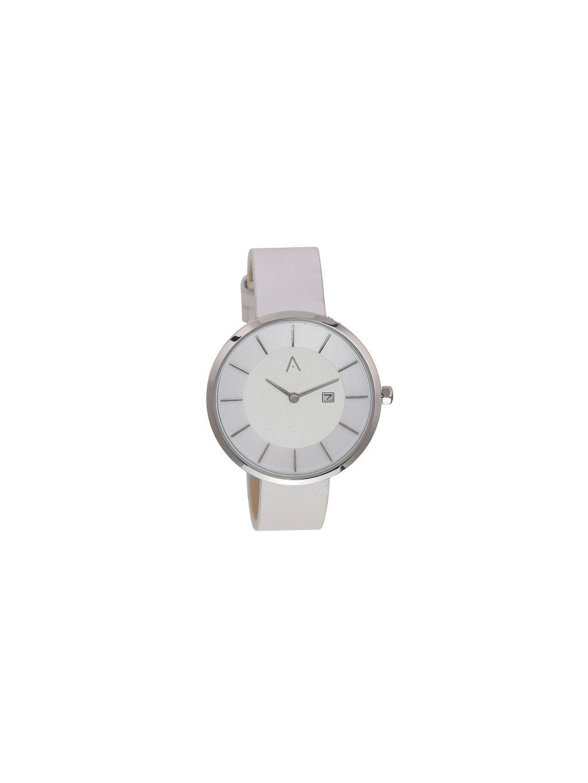 Sříbrné hodinky
