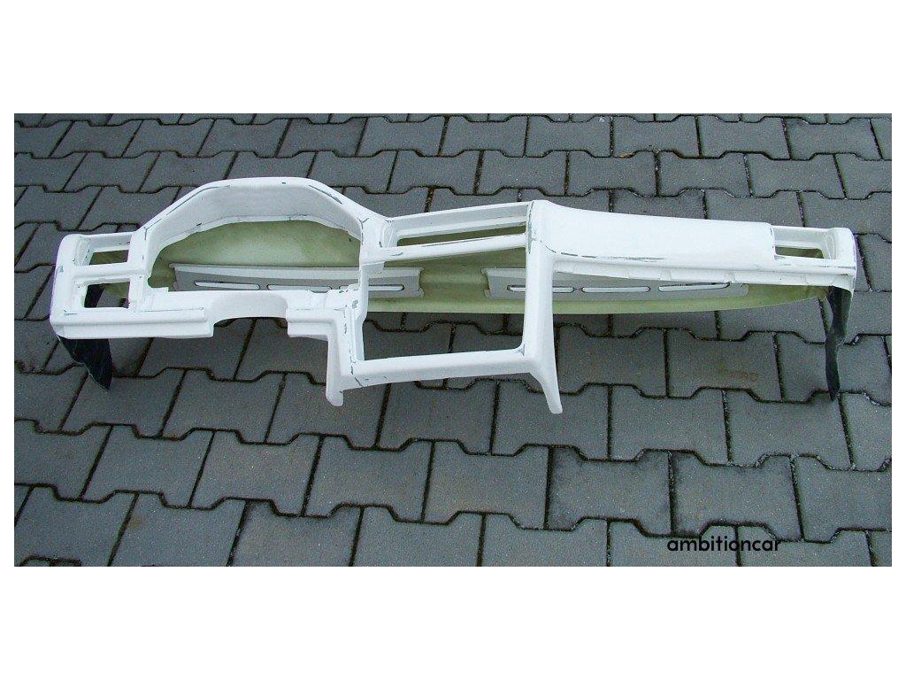 BMW E30 M3 palubní deska 011 bílá 01