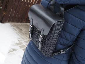 Proutěný batoh černý 6