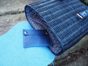 Proutěný batoh modrý