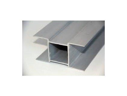 PVC DRŽIAK PODHRABOVEJ DOSKY 30 cm - SIVÝ PRE STĹPIKY 60 x 60 mm