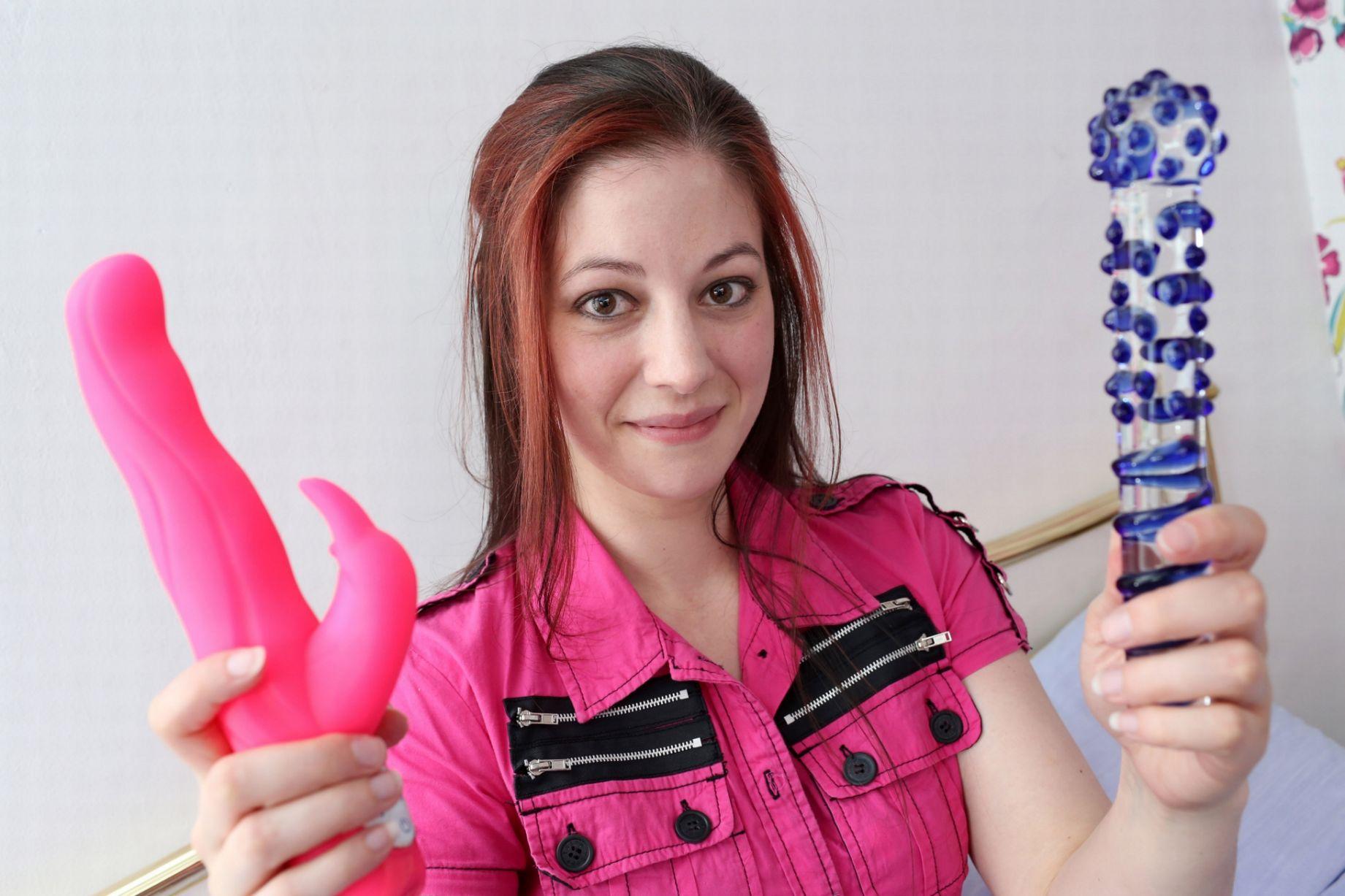 Profese snů - profesionální testérka erotických hraček