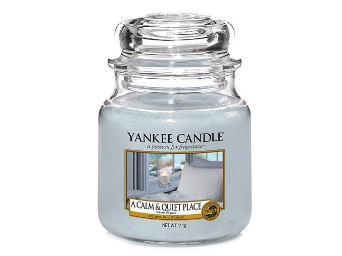 Svíčka ve skleněné dóze Yankee Candle Klidné a tiché místo A CALM & QUIET PLACE, 410 g