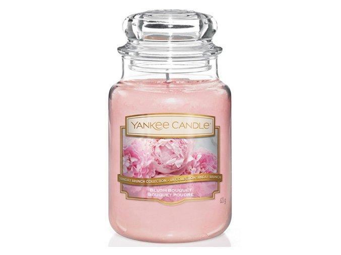 Vonná svíčka ve skleněné dóze Růžolící kytice BLUSH BOUQUET, 623 g