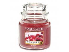 Yankee Candle Vonná svíčka Brusinky na ledu (Cranberry Ice), 411 g