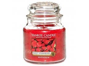 Vonná svíčka ve skleněné dóze Sladké jahody - Sweet Strawberry, 411 g