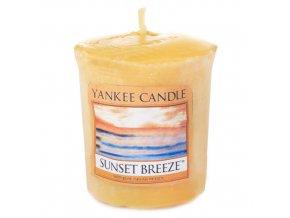 Votivní svíčka Yankee Candle Vánek při západu slunce, 49 g