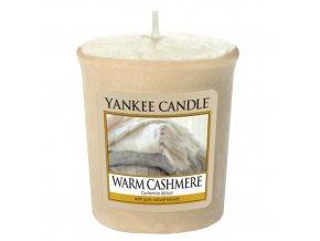 Votivní vonná svíčka Yankee Candle Hřejivý kašmír WARM CASHMERE, 49 g