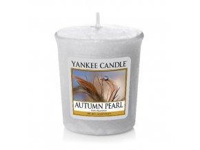 Votivní svíčka Yankee Candle Podzimní perla, 49 g
