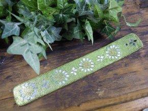 Karma Stojánek na vonné tyčinky dřevěný s glitrovou ozdobou, zelená
