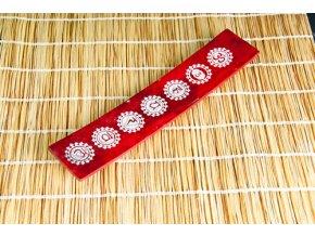 Mani Bhadra Stojánek na vonné tyčinky 7 čaker červený mastek, 25,5 x 5 cm