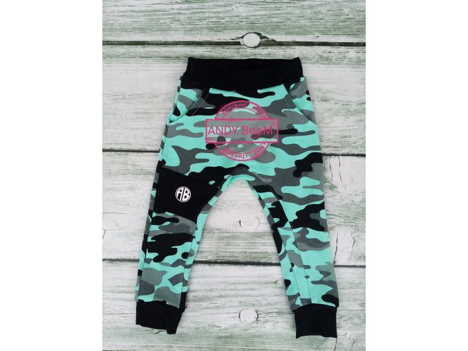 baggy army mint