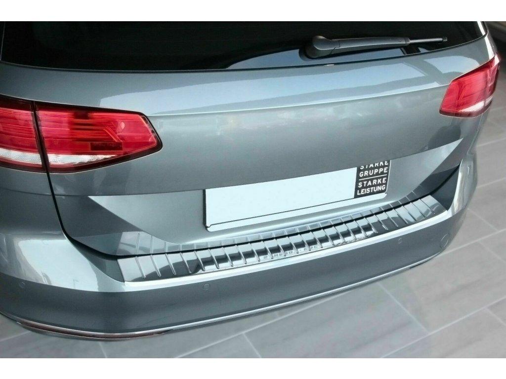 Nerezová ochranná lišta lesklá na nárazník VW Passat B8 Variant