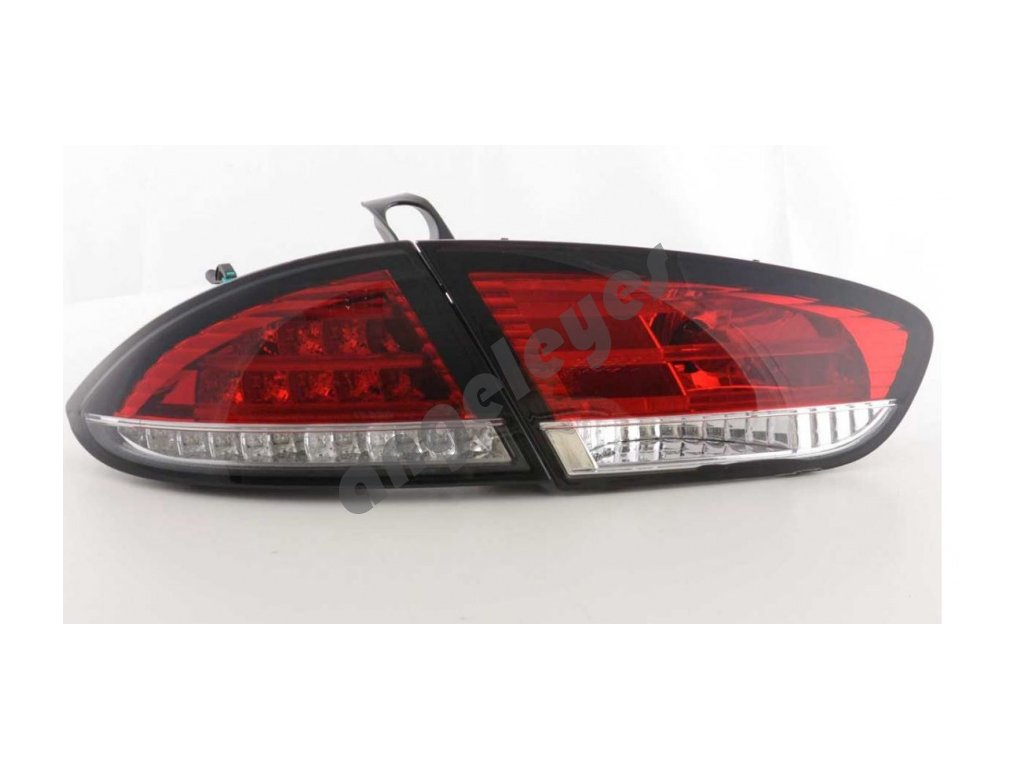 Seat Leon 2 zadné LED svetlá červené