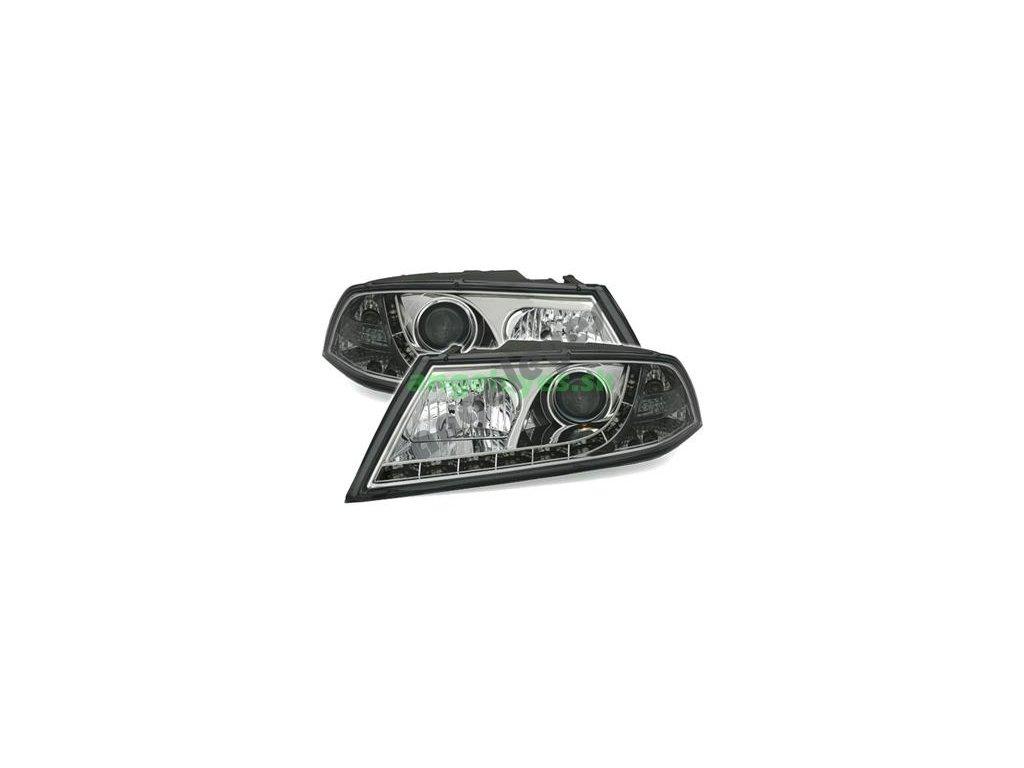 Škoda Octavia 2 predné svetlá s LED pásom