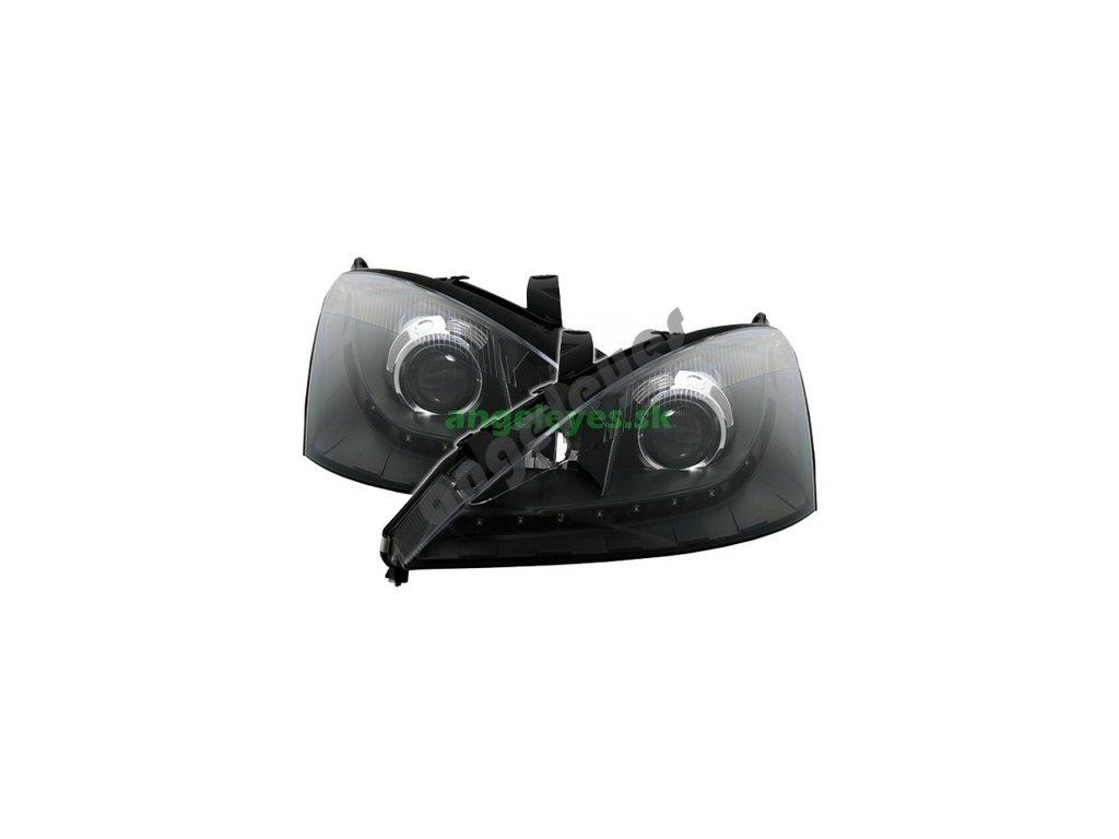 Ford Focus predné čierne LED svetlá