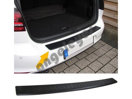 Čierna ochranná lišta na nárazník Mitsubishi Outlander 3