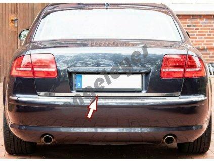 Audi A8 D3 zadná kufrová nerezová lišta