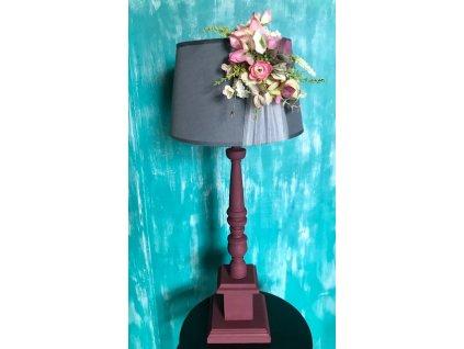 Lampa stolní, dřevěná, vyřezávaná