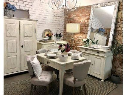 Skříň bílá dvoudvéřová ve stylu Provencel