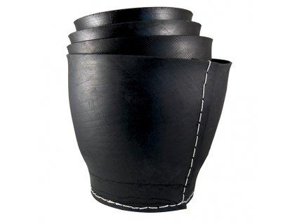 Květináč z recyklovaných pneumatik