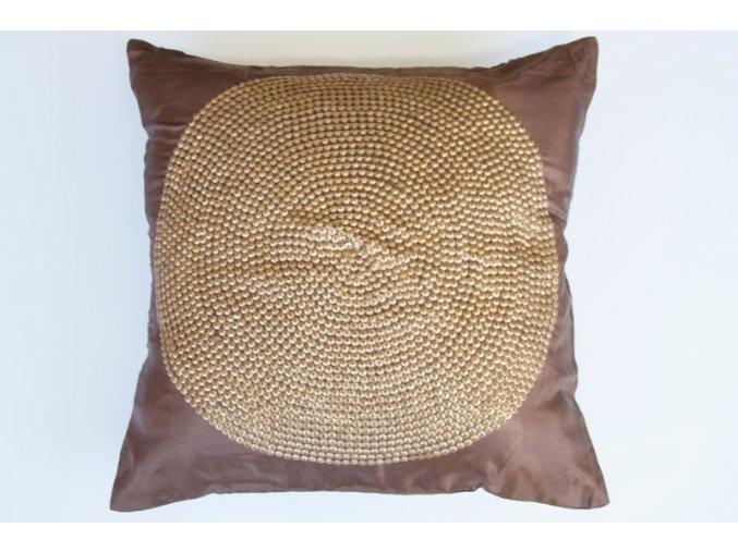Polštář hedvábný se zlatavým kruhem