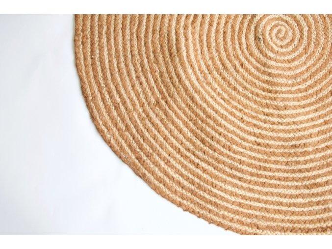 kruhovy-koberec-z-juty-a-hnede-textilie--120