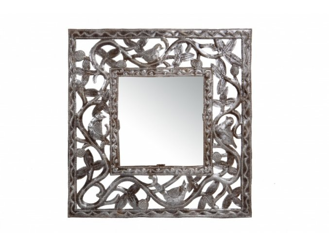 zrcadlo-nastenne-s-tepanym-ramem-30cm
