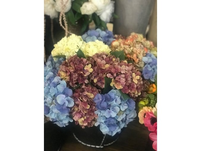 Umělá květina - Hortenzie malá bíla
