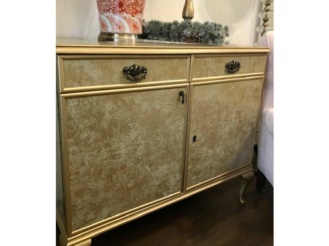 komoda-antik-zlata-art-deco