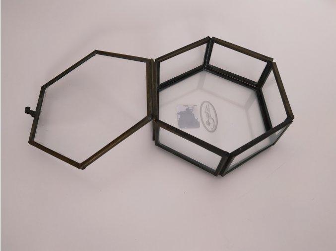 sperkovnice-sklenena-s-mosaznym-lemovanim