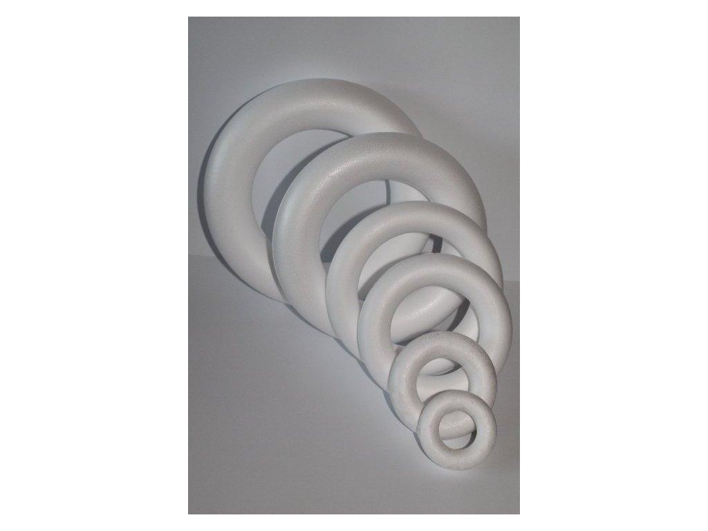 Polystyrénový venček 22 cm