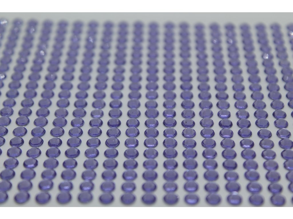 Samolepiace kamienky 4 mm hyacintové
