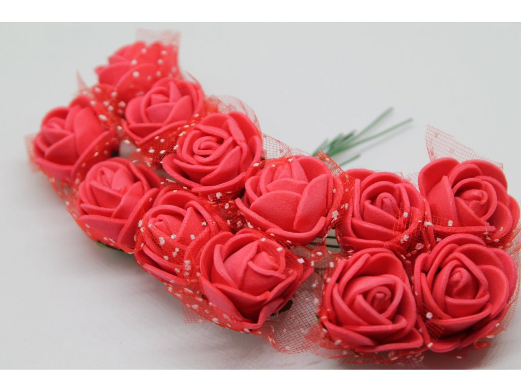Penové ružičky červené s tylom