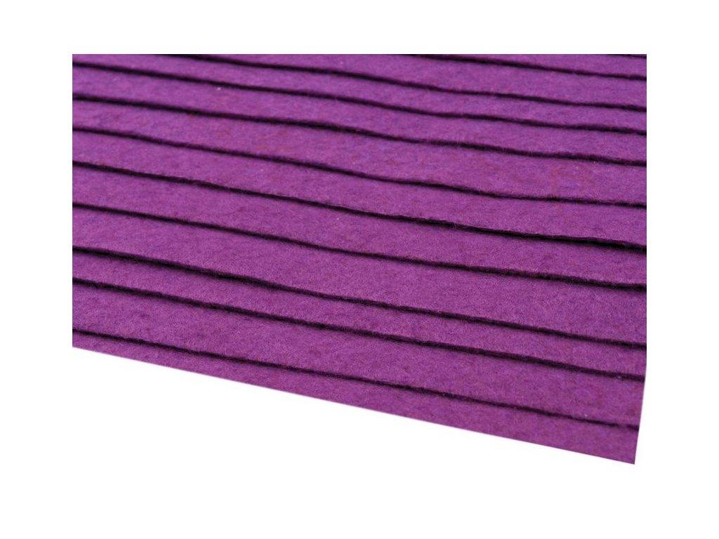 Filc tuhý 1,5 mm 070 fialový