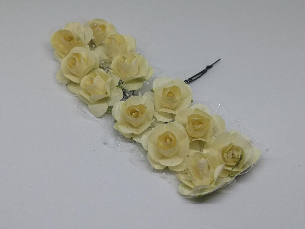 Papierové ružičky krémové s tylom