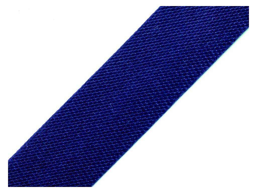 Šikmý prúžok saténový 18mm tmavo modrý